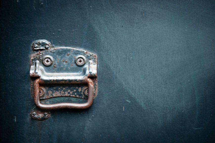 Paslanmış kapı kolu nasıl temizlenir